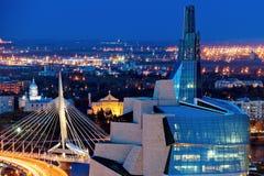 Het panorama van Winnipeg bij zonsondergang royalty-vrije stock afbeeldingen