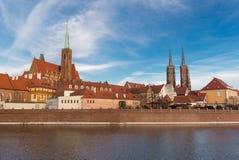 Het panorama van Wroclaw ostrow Tumski van de stad stock fotografie