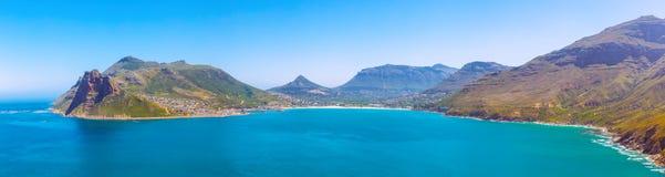 Het panoramische die beeld van de Houtbaai uit Chapman Piekaandrijvings toneelweg dichtbij Cape Town wordt genomen royalty-vrije stock foto