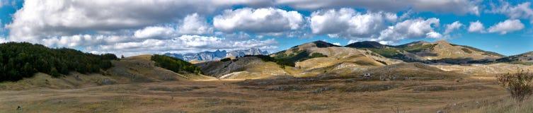Het panoramische landschap van de Steppe Stock Afbeeldingen