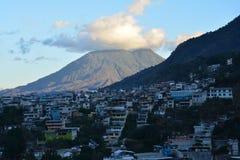 Het panoramische Meer Guatemala van Landschappenatitlan royalty-vrije stock afbeeldingen