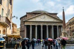 Het Pantheon, een vroegere Roman tempel in Rome, Italië stock foto