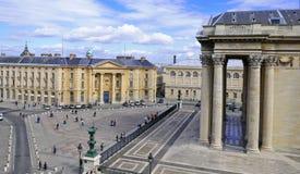Het pantheon en Sorbonne Stock Afbeeldingen