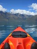 Het Paradijs van Kayaking, Nieuw Zeeland. Royalty-vrije Stock Foto's