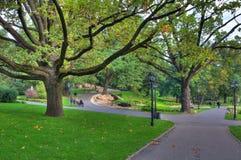 Het park van de stad in Riga, Letland. Stock Afbeelding