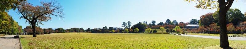 Het park van het Kanazawakasteel stock afbeeldingen