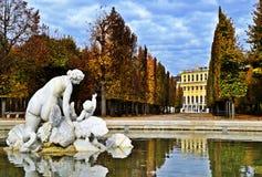 Het Park van Schlossschã¶nbrunn Stock Foto's
