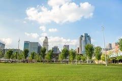 Het Park van Smaleriverfront in Cincinnati, Ohio naast John een Kuit royalty-vrije stock fotografie