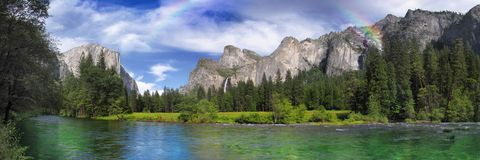 Het Park van Yosemite na het regenen stock fotografie