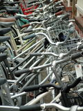 Het parkeerterrein van de fiets. royalty-vrije stock afbeelding