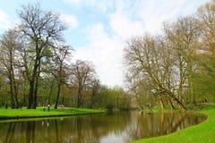 Het parkerar - Rotterdam - Nederländerna Fotografering för Bildbyråer