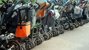 Het parkeren van de baby Stock Afbeeldingen
