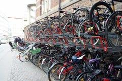 Het parkeren van de fiets Royalty-vrije Stock Foto