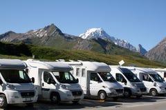 Het parkeren van de kampeerauto royalty-vrije stock fotografie