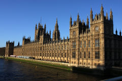 Het Parlement en de Rivier van Theems royalty-vrije stock afbeeldingen