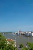Het Parlement en Donau van Boedapest Stock Afbeeldingen