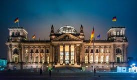 Het Parlement en noodlot Reichstag Berlin Reichskuppel stock foto's