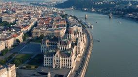 Het Parlement van Hongarije in Boedapest stock videobeelden