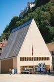 Het Parlementsgebouw in Vaduz Liechtenstein stock afbeeldingen