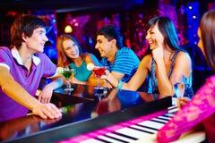 Het partying van mensen stock afbeelding