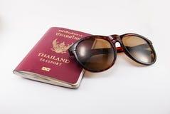 Het paspoort van Thailand voor reiziger Stock Afbeeldingen