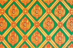Het patroon van de bloem in de traditionele Thaise verf van de stijlkunst Stock Fotografie