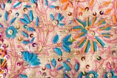 Het patroon van de bloem op zijde Stock Fotografie
