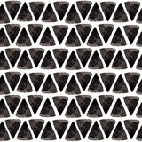 Het patroon van de inktdriehoek De ontspannen meetkunde naadloze textuur met hand schilderde vormen, blauwe en zwarte kleuren Tre Stock Foto's