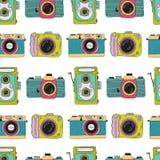 Het patroon van fotocamera's Hand getrokken illustratie Stock Fotografie