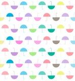 Het patroon van pastelkleuren kleurt vlakke paraplu's op witte achtergrond, vec royalty-vrije illustratie