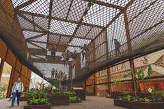 Het paviljoen van Brazilië in Expo 2015 in Milaan, Italië stock foto