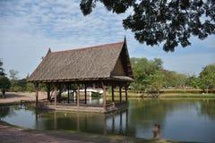 Het paviljoen van de waterkant in Ayutthaya, in Thailand Royalty-vrije Stock Foto
