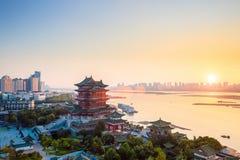 Het paviljoen van Nan-Tchang tengwang bij schemer Stock Fotografie