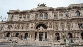 Het Piazza vierkant van deitribunali in Rome stock video