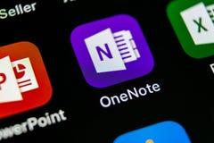 Het pictogram van de het bureautoepassing van Microsoft OneNote op Apple-iPhone X het schermclose-up Microsoft Één Notaapp pictog Stock Foto