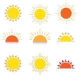 Het pictogram vastgestelde vector van het zonsymbool royalty-vrije illustratie
