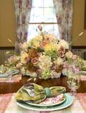 Het Plaatsen van de Lijst van het Middagmaal van de lente stock afbeelding
