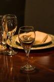 Het plaatsen van het diner Royalty-vrije Stock Afbeelding