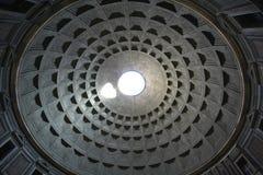 Het Pantheonplafond van Rome stock fotografie