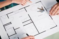 Het plan van het huis met sleutels Royalty-vrije Stock Afbeeldingen