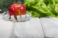 Het plantaardige hoogtepunt van het vermageringsdieet gezonde voedsel van vitaminen Stock Afbeelding