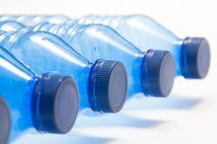Het plastiek van flessen stock afbeeldingen