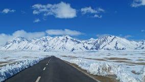 Het Plateauweg van Tibet Royalty-vrije Stock Foto