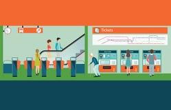 Het platform van het metrostation met mensen die treinkaartje kopen Stock Afbeeldingen