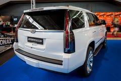 Het Platina van SUV Cadillac Escalade van de ware grootteluxe, 2017 Royalty-vrije Stock Fotografie