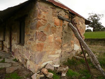Het Plattelandshuisje van de steen Stock Afbeelding