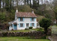 Het Plattelandshuisje van het dorp stock fotografie