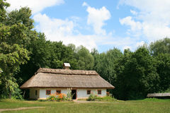 Het plattelandshuisje van het land Royalty-vrije Stock Afbeelding