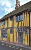 Het plattelandshuisje van Tudor Stock Foto's
