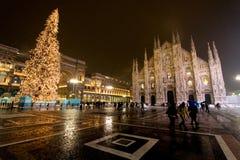 Het Plein van Duomo - Milaan - 2009 Stock Afbeeldingen